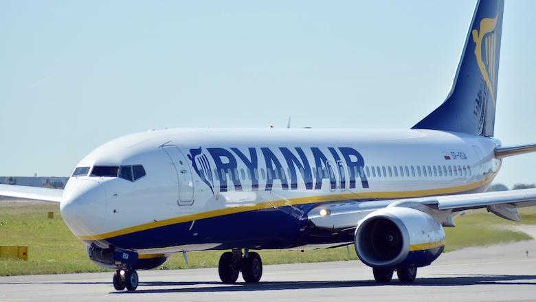 Een vliegticket voor 5 euro naar een land met code oranje, zou jij het doen?