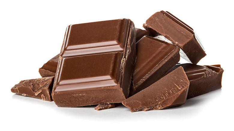 Chocolade sinds corona meer door kinderhanden in Ivoorkust gemaakt