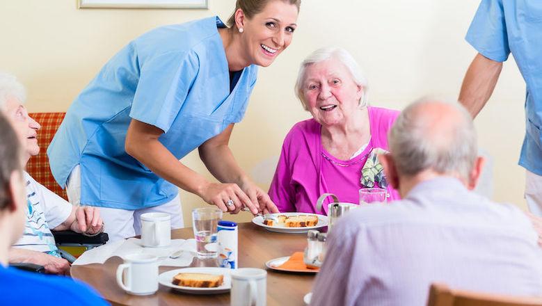 Geen nieuwe besmettingen in verpleeghuizen, meer bezoekers toegestaan