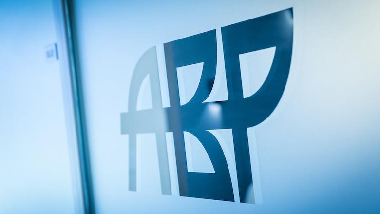 Ombudsman: ABP moet niet teveel uitgekeerd geld terugvorderen