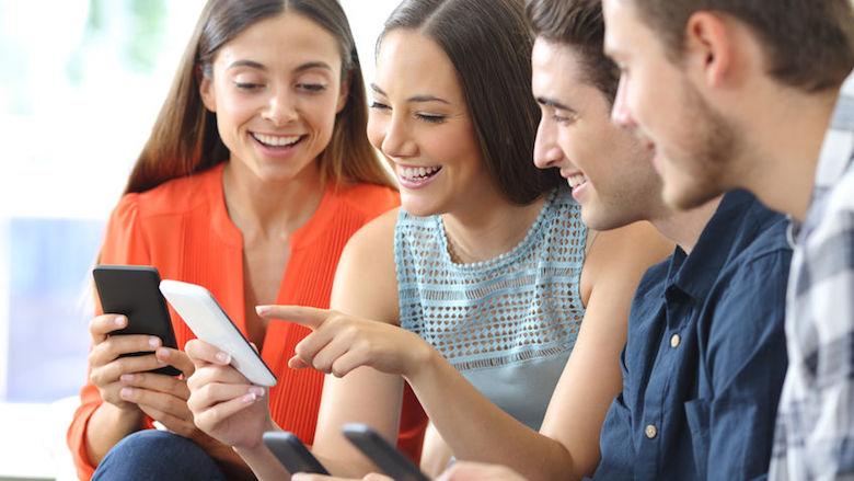 Zo voer je videogesprekken met acht deelnemers in WhatsApp