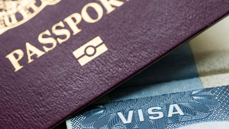 Hoe registreer je je reis bij de ambassade?