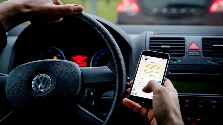 'Meer regels nodig tegen smartphonegebruik in werkverkeer'