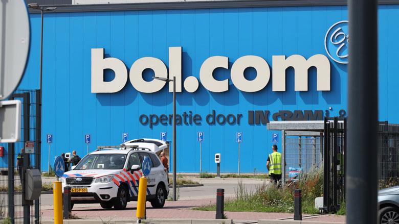 Pakketjes Bol.com lopen vertraging op door overval distributiecentrum