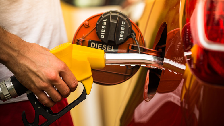 Dieselauto's minder verkocht, elektrische auto's populair