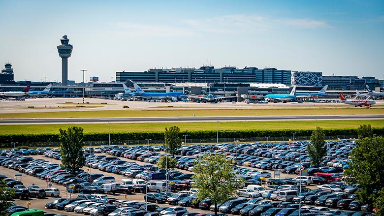 Parkeren bij een luchthaven, hoe werkt dat?