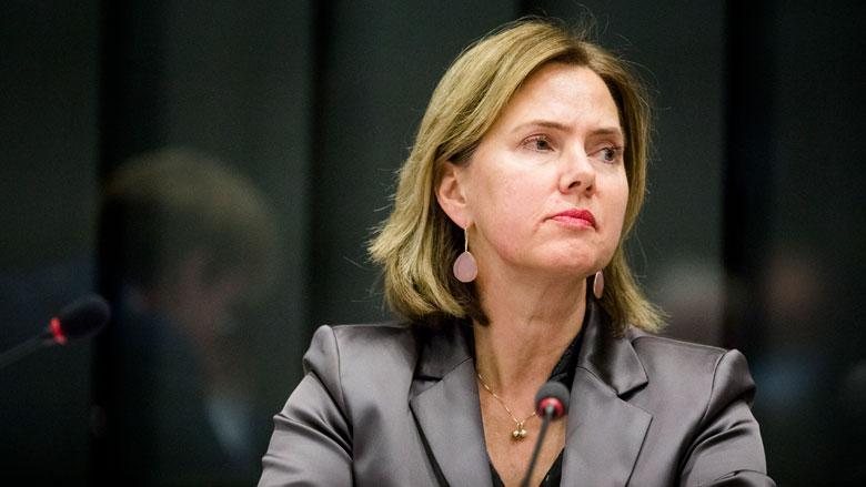 Minister stuurt documenten over remtests stint alsnog naar de Kamer