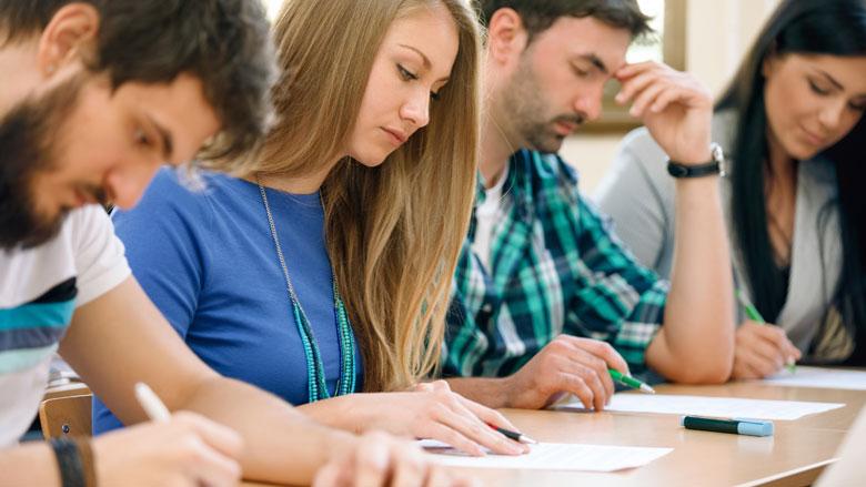 Oud-studenten betalen schulden op tijd terug