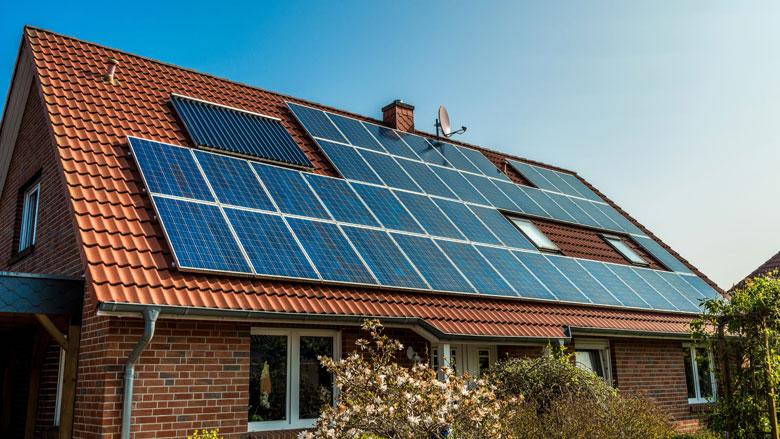 Consument ontving te lage vergoeding van energieleveranciers voor terugleveren stroom