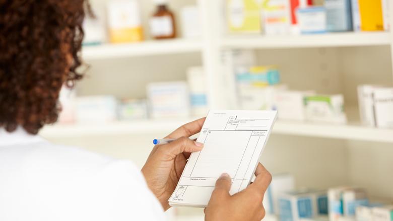NZa bekijkt hoge kosten 'pillenzakjes'