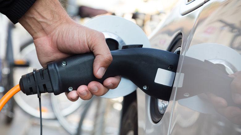'Kosten e-auto nauwelijks hoger dan die voor rijden op diesel of benzine'