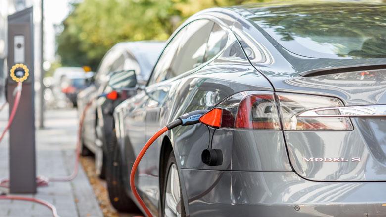 Verdubbeling van elektrische auto's op Nederlandse wegen