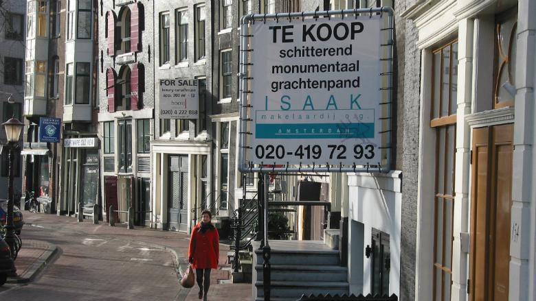 Beleggers kopen 1 op de 5 huizen in Amsterdam
