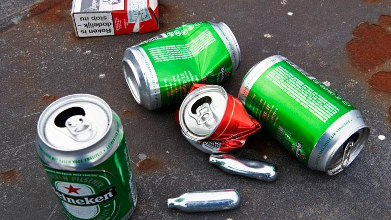 Aboutaleb wil verbod op lachgas bij Rotterdamse evenementen