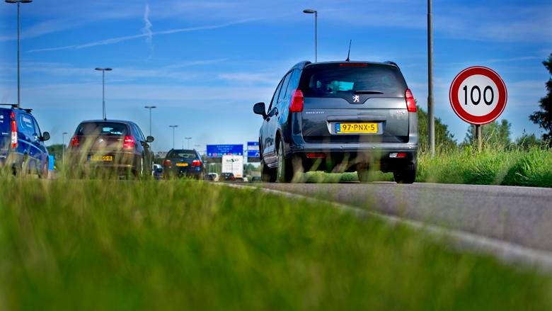 Kleine meerderheid is voor verlagen maximumsnelheid op snelweg