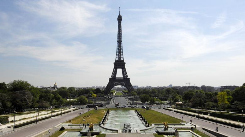 Parijs breidt rookverbod in parken uit