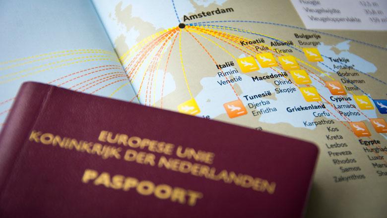 Paspoort aanvragen wordt makkelijker voor Nederlandse expats