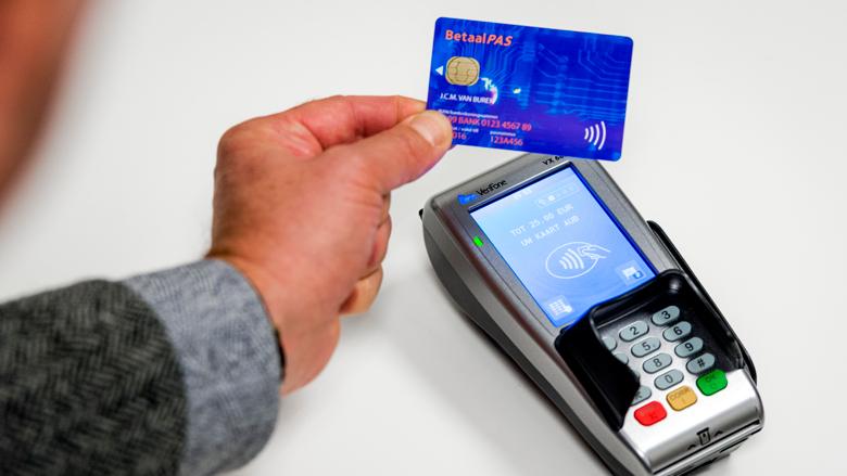 Aandeel contante betalingen blijft afnemen