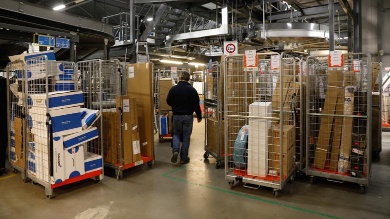 Pakketten pleite in de post: PostNL reageert op klachten