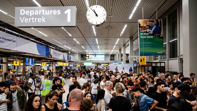 Schiphol kampt nog met vertragingen door naweeën storing