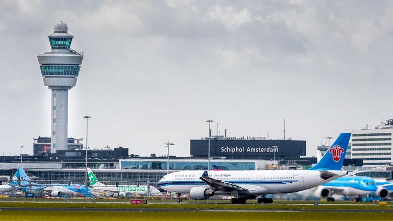 'Minder nachtvluchten van Schiphol'