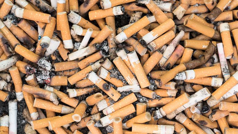 Sigaretten vanaf 2020 alleen in 'saaie' verpakking verkocht