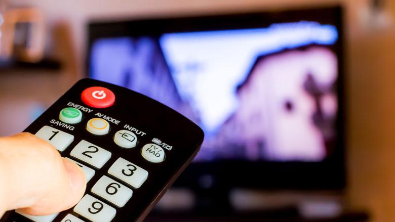 Aantal Nederlanders met tv-aansluiting weer gedaald
