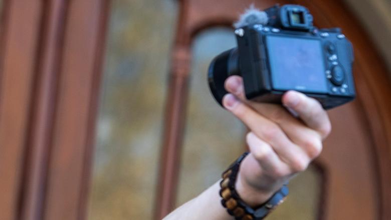 Vloggers houden zich niet aan reclameregels
