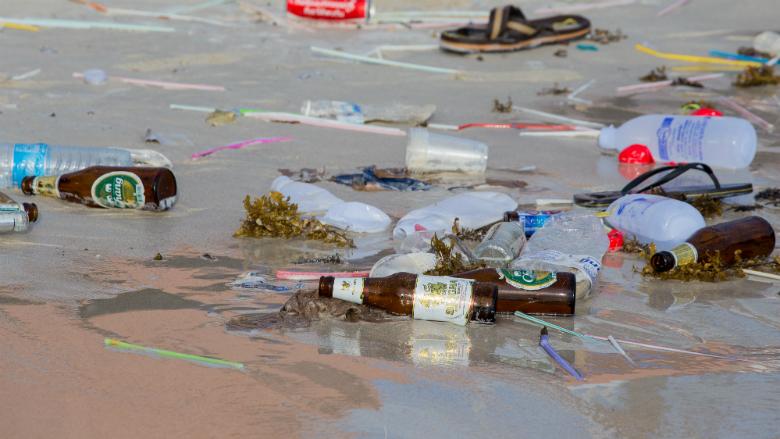 Europees Parlement stemt voor verbod op wegwerpplastic