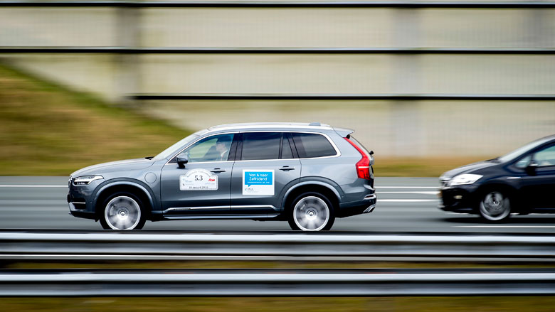 'Elke zelfrijdende auto moet een zwarte doos krijgen'