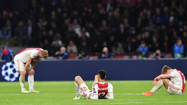 Ziek melden na een belangrijke voetbalwedstrijd: reden voor ontslag?