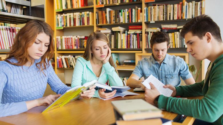 Student als enige 'hard op achteruit' met nieuwe kabinetsbeleid