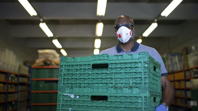 FNV: 'Werkomgeving nog niet altijd coronaproof'