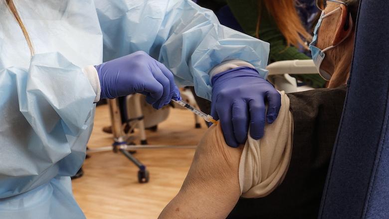 Pfizer/BioNTech-vaccin ook ingezet voor kwetsbare ouderen