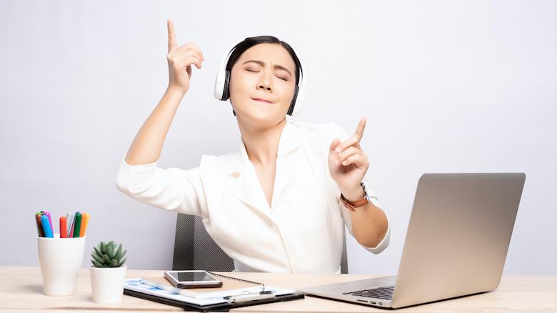Werk je beter met of zonder muziek?
