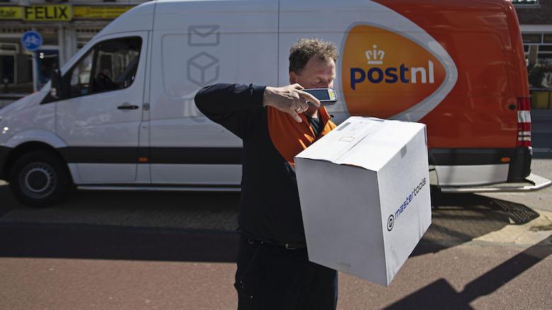 Pakketje achterlaten in de schuur? Dit gaat er veranderen bij PostNL