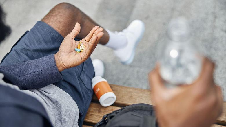 'Op reis? Vergeet verklaring voor medicijnen niet'