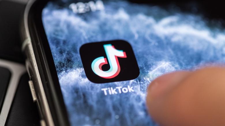 'Toezichthouders moeten ingrijpen om jonge TikTok-gebruikers te beschermen'