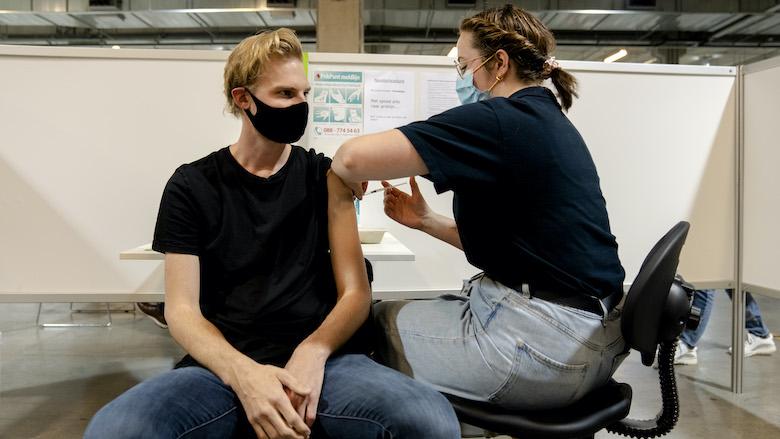 Jongeren vanaf 12 jaar kunnen afspraak maken voor coronavaccinatie