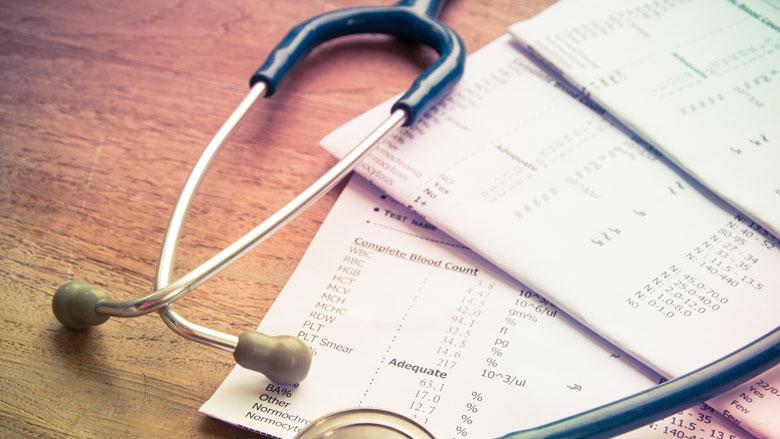 Twee uur per week tijdswinst bij minder registreren in de zorg