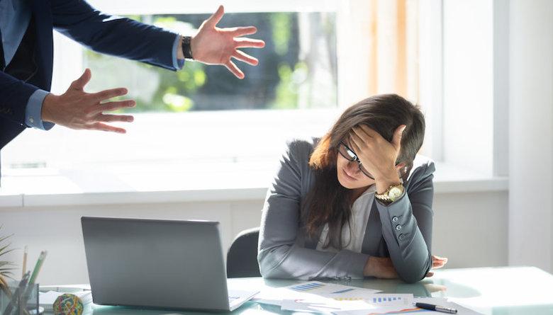 Knetterende werkvloeren: het aantal arbeidsconflicten loopt op